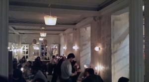 Dray Martina - ambiente cool y vintage para cenar con tu chica