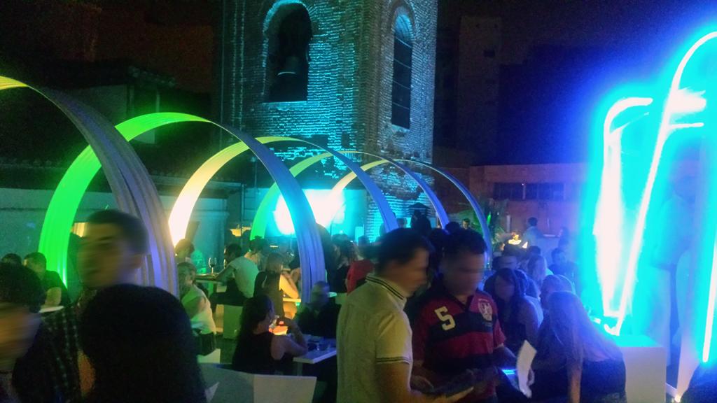 TERRAZA GYMAGE-una de las terrazas en Madrid con una iluminación muy acogedora