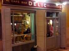 DELIC-café bar delicatessen en la plaza de la Paja en el barrio de la Latina para merendar en Madrid